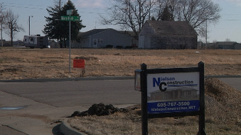 City council discusses rezoning western Sioux Falls neighborhood