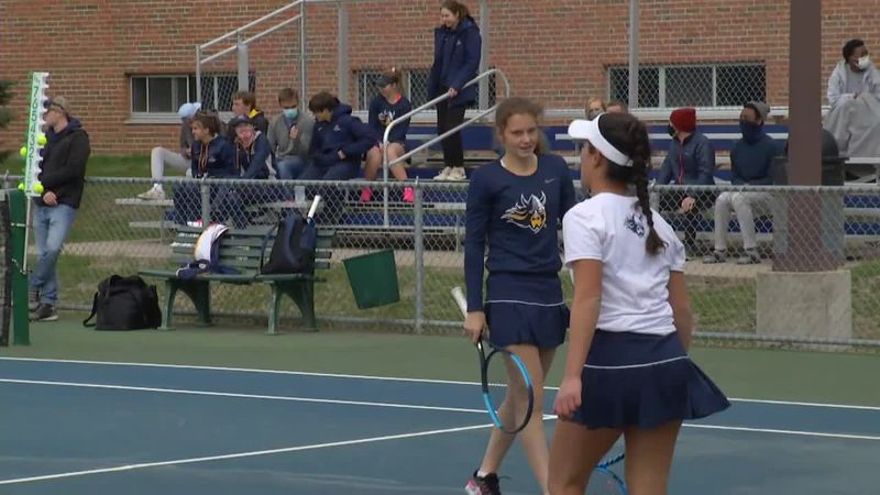 Augie Tennis team wins 128th straight NSIC dual and 11th straight conference title