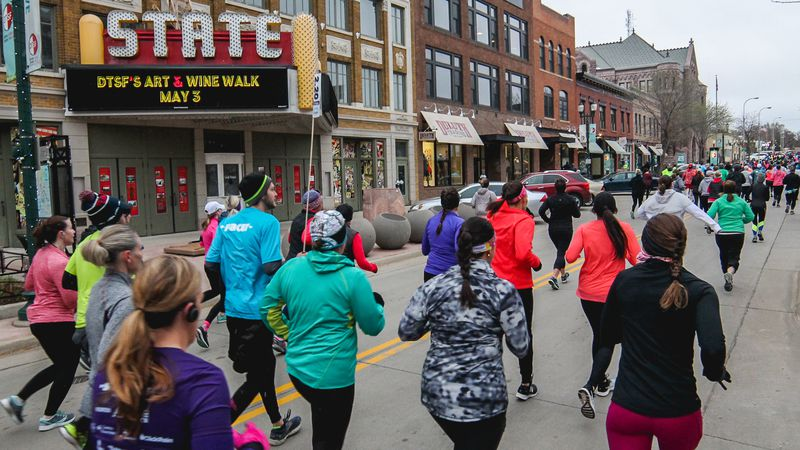 The 60.5 Move Expo has been added to the weekend of the Sioux Falls Skedaddle Half Marathon.