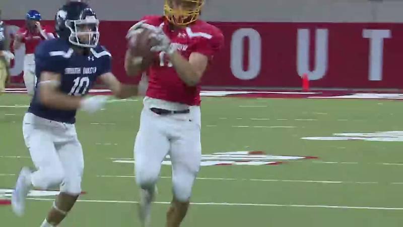 Makes catch during 2021 South Dakota High School Football All-Star Game