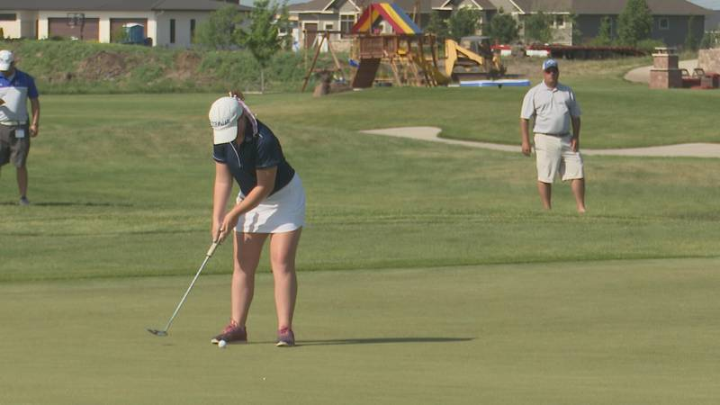 O'Gorman, Jansa take early lead in in Girls' AA Golf Championships