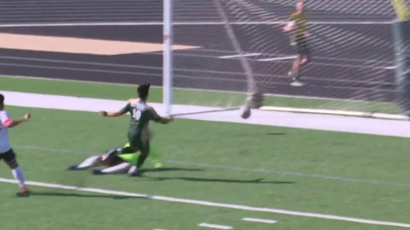Jefferson stays unbeaten in boys soccer, Harrisburg rolls in softball and Washington beats...