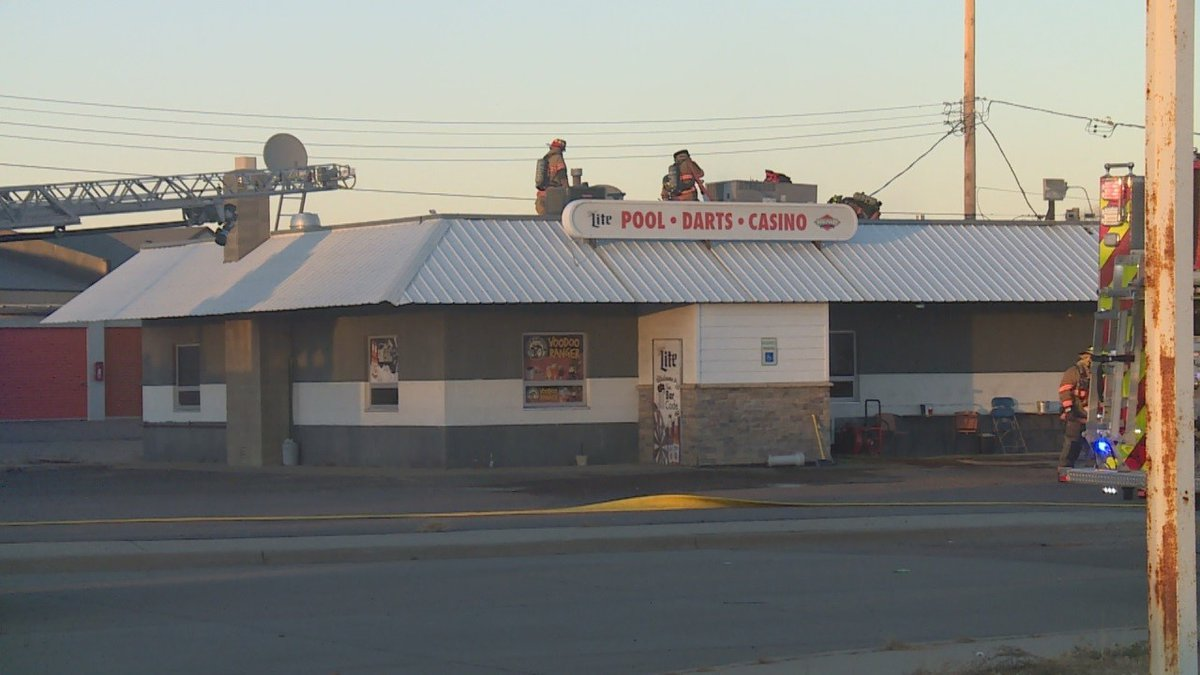 Crews respond to a fire at the Barcode Bar in Sioux Falls.