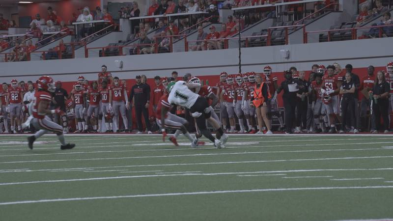 The South Dakota Coyotes improve to 4-2 on the season with a 20-13 win over North Dakota at home.