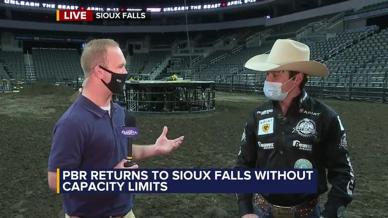 Riders excited to have full crowd back for PBR event in Sioux Falls