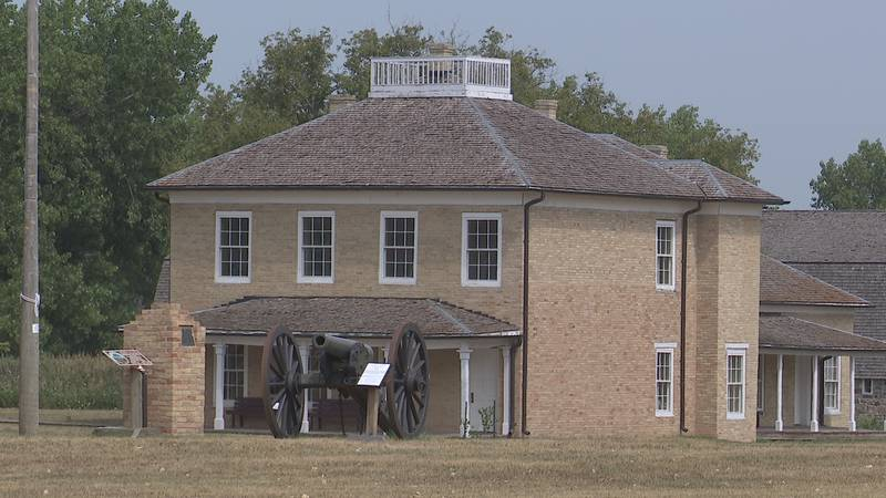 Returning for it's 15th season at Fort Sisseton, the Northern Fort Playhouse is back on state,...