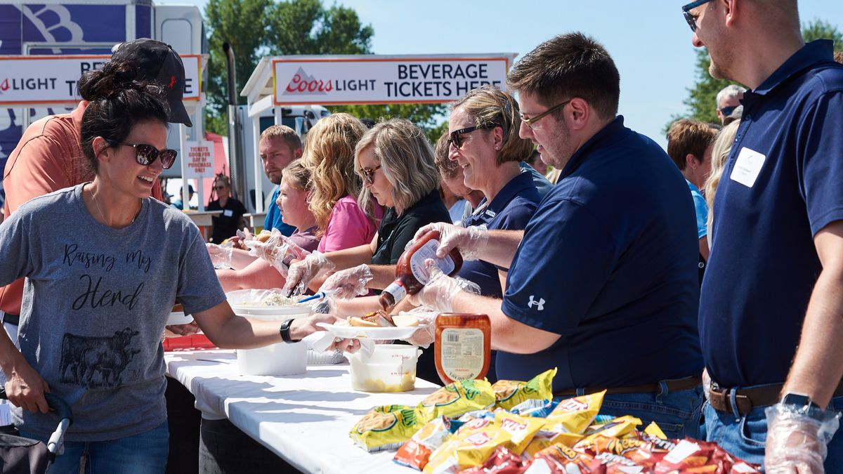 Volunteers serve lunch at Ag Appreciation Day at the Sioux Empire Fair in 2019. (photo courtesy of Greater Sioux Falls Chamber of Commerce)