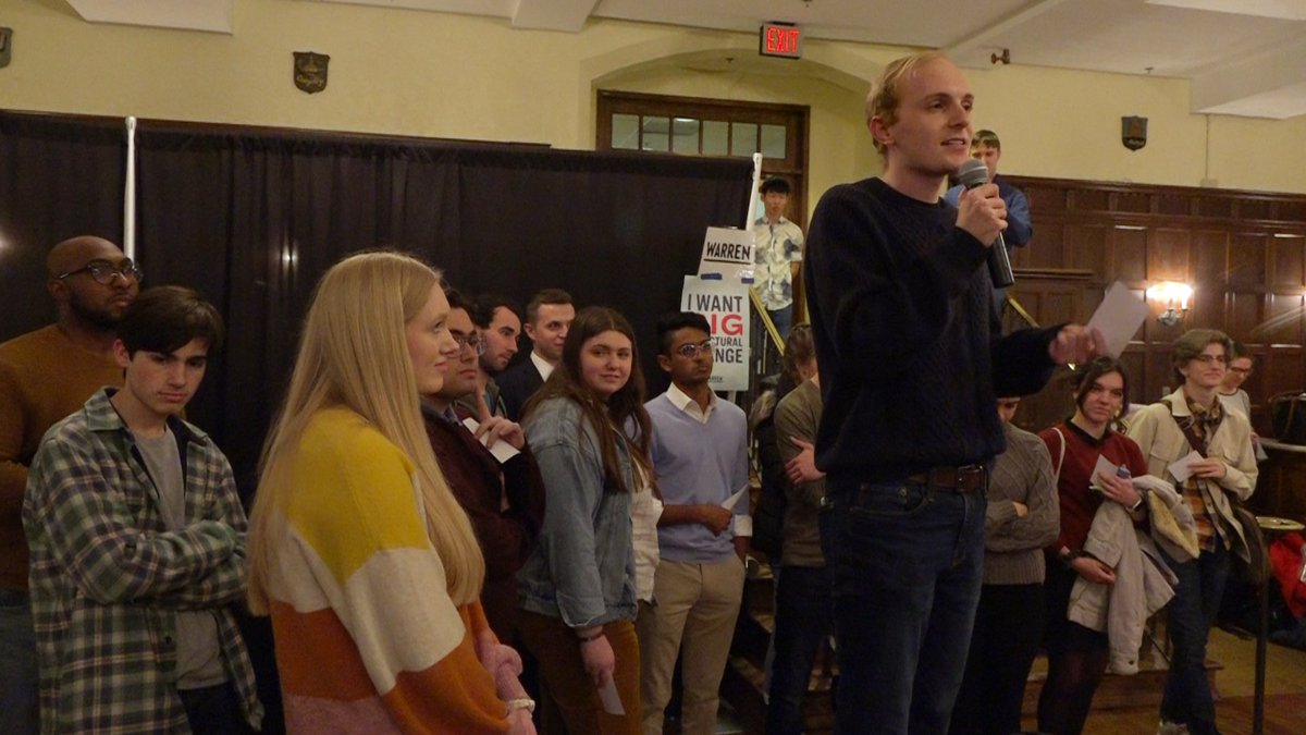 The mockus before the caucus: students learn about Iowa's famous political event (Source: Gray...