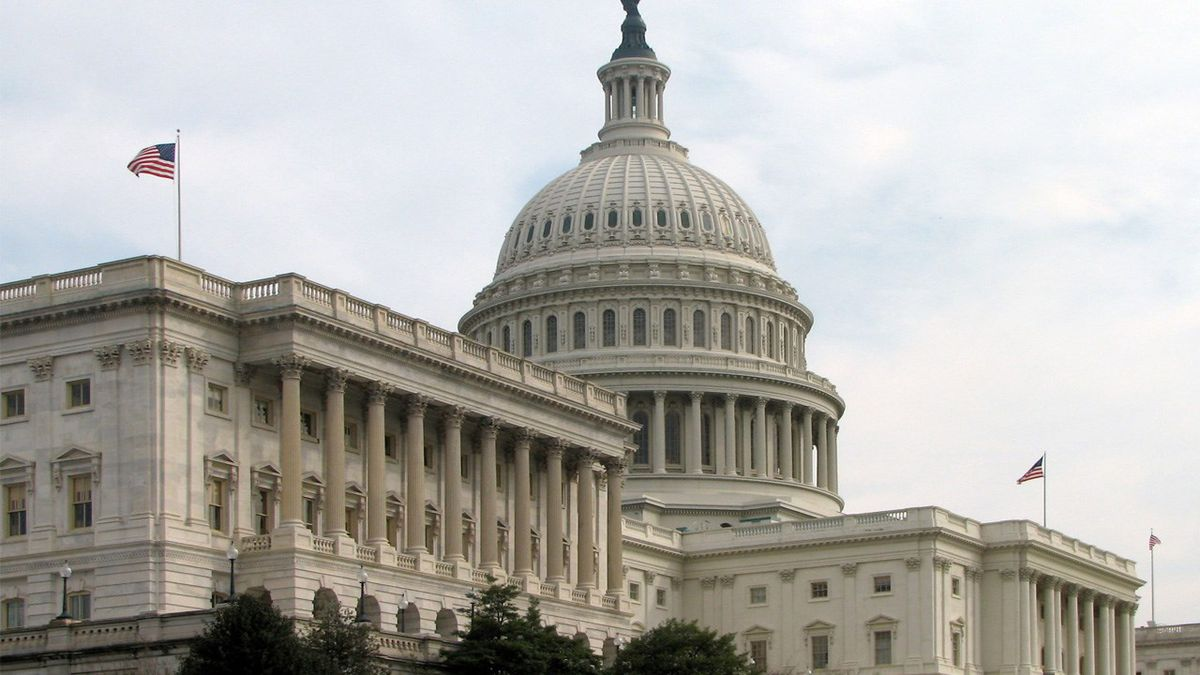The Senate's side of the U.S Capitol Building in DC. (Photo: Scrumshus / Wikipedia)