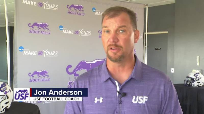 Anderson talks about yearly expectations at USF as Cougars prepare for 12th-ranked Augustana