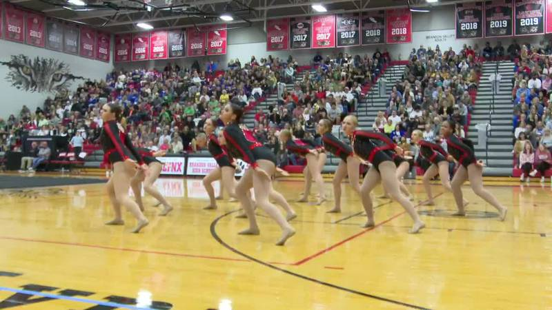 Wins Grand Dance championship at 2021 State AA Meet