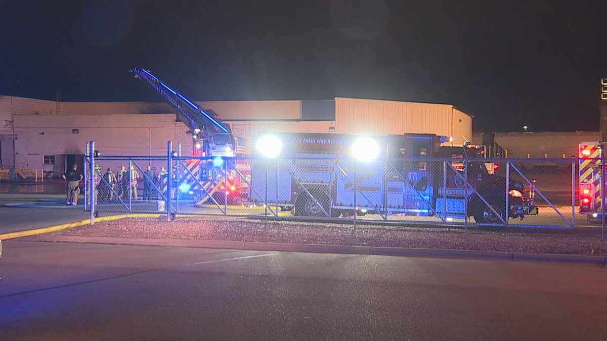 According to Sioux Falls Fire Rescue, the fire started around 12:15 AM Monday.