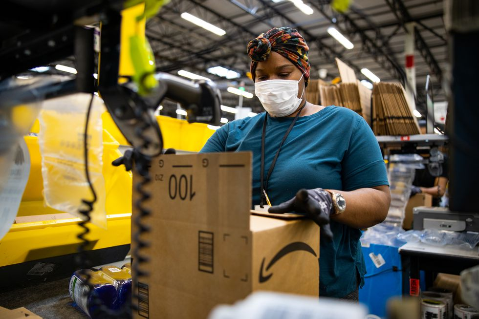 Amazon's minimum starting wage is $15 per hour. Full-time employees are eligible for benefits...