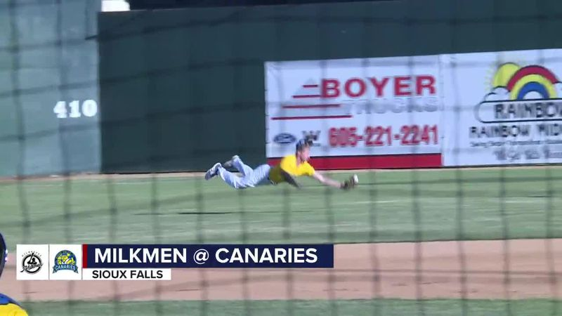 Logan Landon makes 2 great catches but Birds lose 4th straight at home