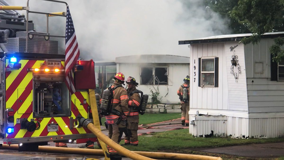 Sioux Falls Fire Rescue responded to a house fire Monday morning.