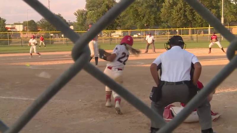Sioux Falls Cyclones White team beats Sioux Falls Cyclones Red Team 9-8