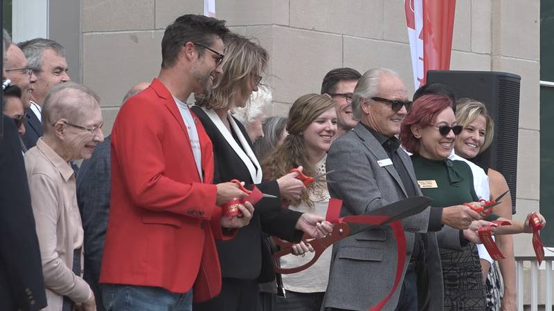 Many members of the Vermillion community and the University of South Dakota campus gathered...