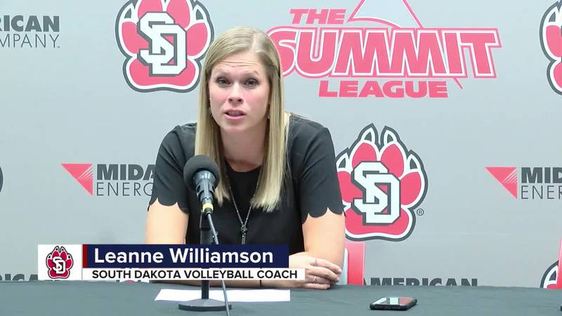 USD's Williamson happy with her team's sweep of NDSU Tuesday night