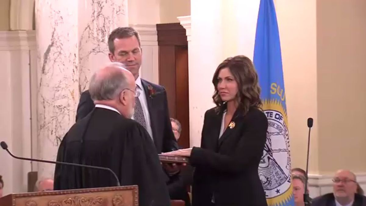 S.D. Chief Justice David Gilbertson swears in Kristi Noem as governor