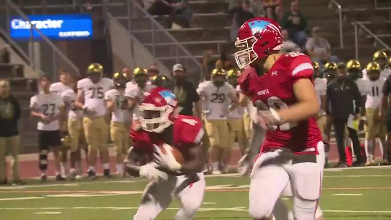 Lincoln takes a 38-18 win over Jefferson to improve to 4-3 on the year, while the Cavaliers...