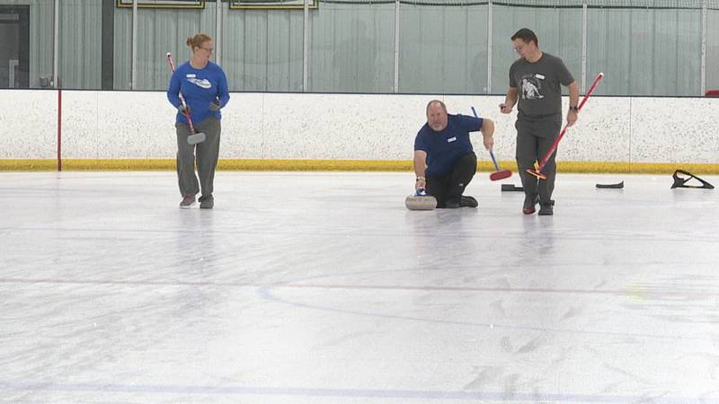 Sioux Falls Curling Club provides opportunity for new players to take up the sport