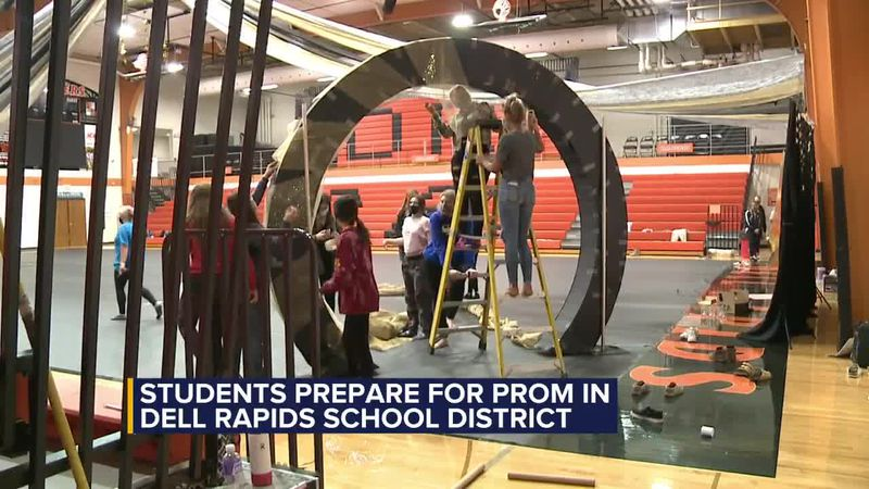 Prom will go on for some South Dakota School Districts