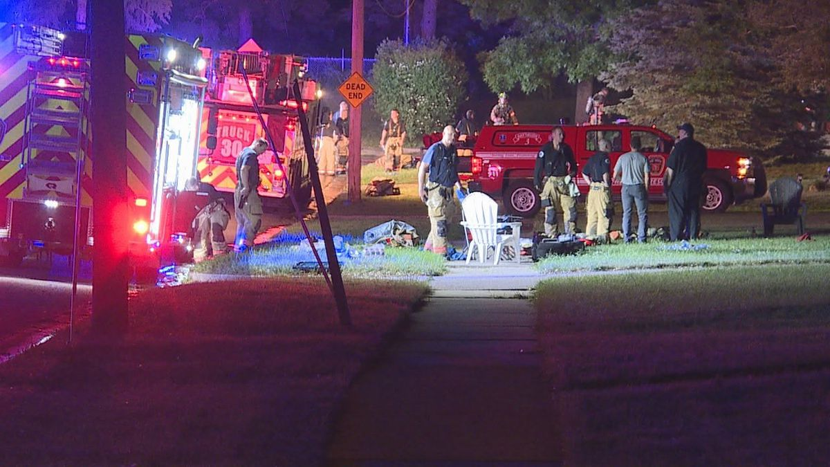 A Sioux Falls home and garage are damaged after an early morning fire.
