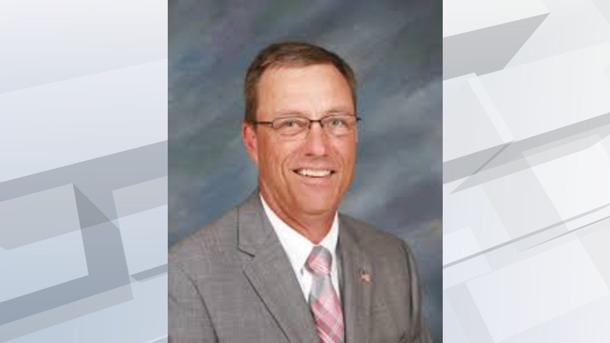Brandon Mayor Paul Lundberg has resigned after two years to focus on his position within the...