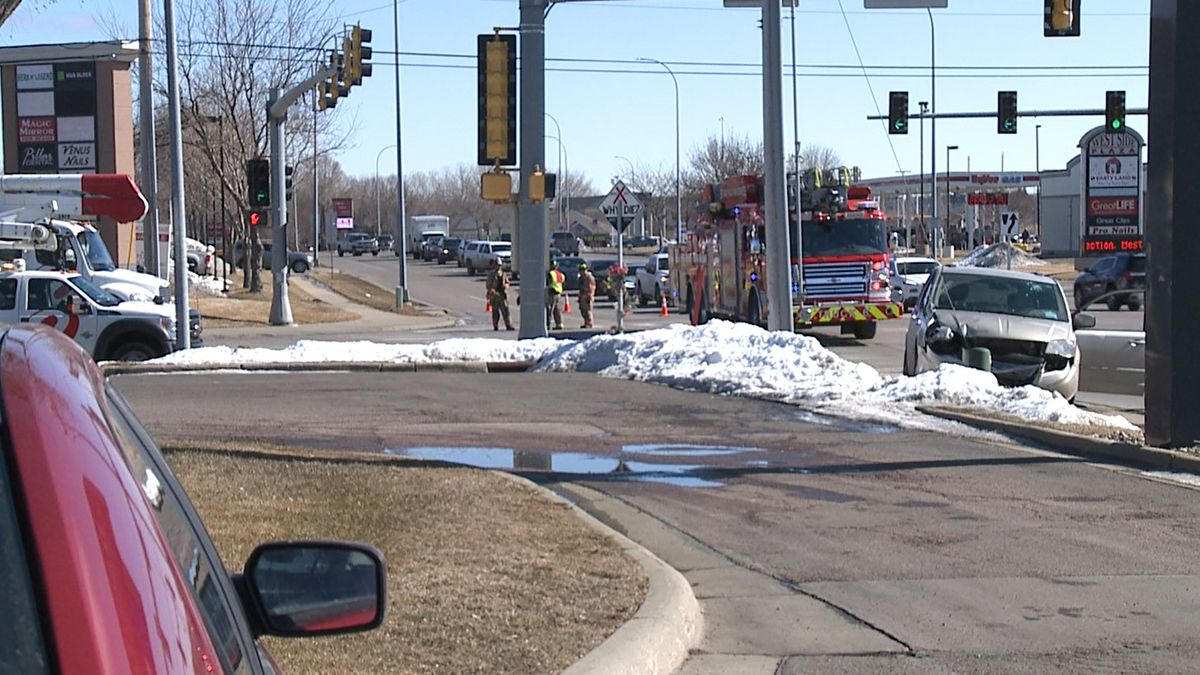 A single-vehicle crash in western Sioux Falls left residents in the area without power for a...