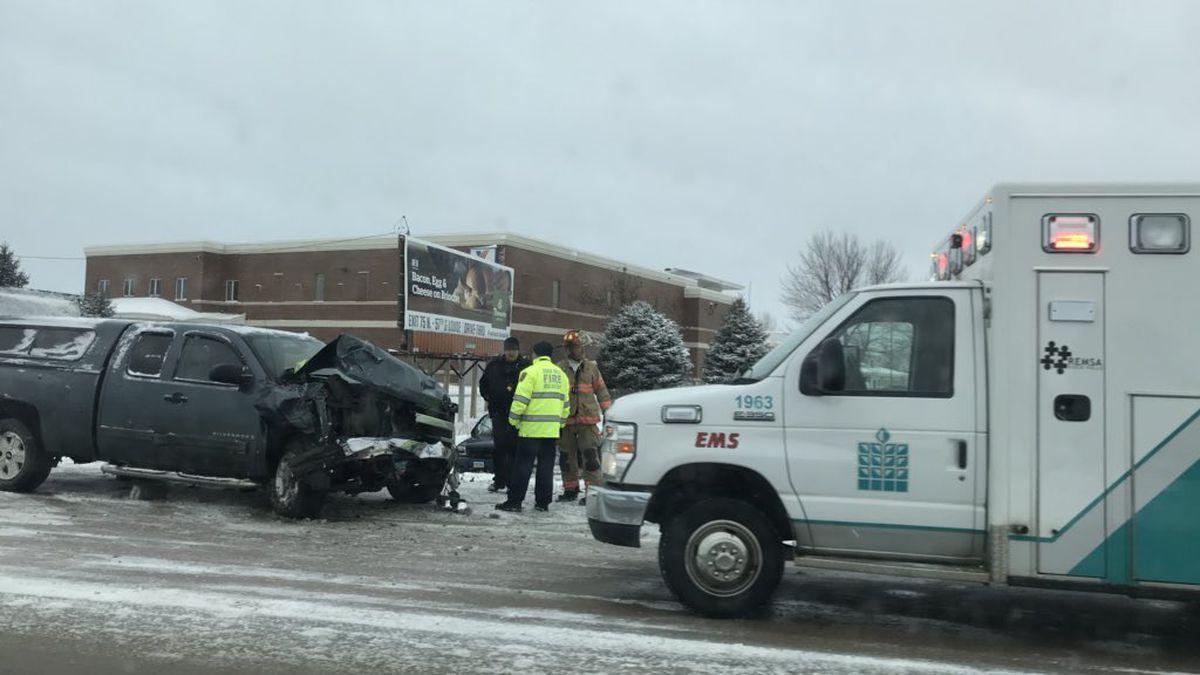 Crews respond to 2-vehicle crash on I-229 Tuesday
